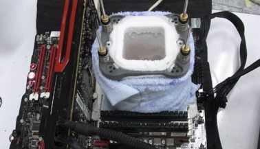 Мировой рекорд: процессор FX-8150 разогнан до 8806 МГц